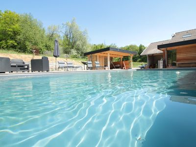 Photo for Pool and Wood, 15 minutes from Annecy