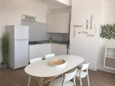 Photo for 1BR, DELUXE DUCASSI 401 CLOSE TO THE BEACH!