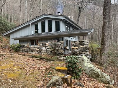 Photo for Rustic Mountain Cabin on Whiteside Mountain