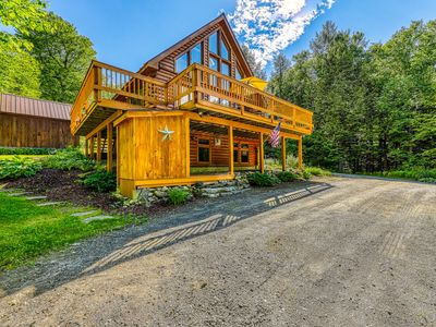 Photo for Spacious wooden home w/table tennis, awesome views & furnished deck!