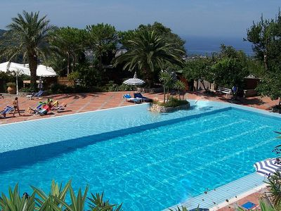 Photo for One bedroom Villa, sleeps 4 in Piano di Sorrento with Pool, Air Con and WiFi