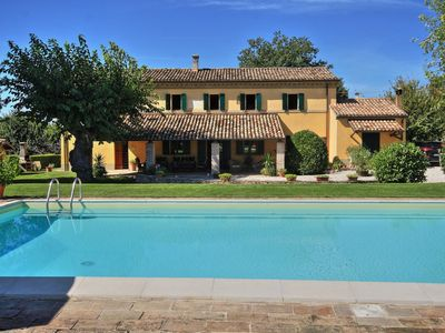 Photo for Villa delle Vigne, villa with large garden and pool, close to the Adriatic coast