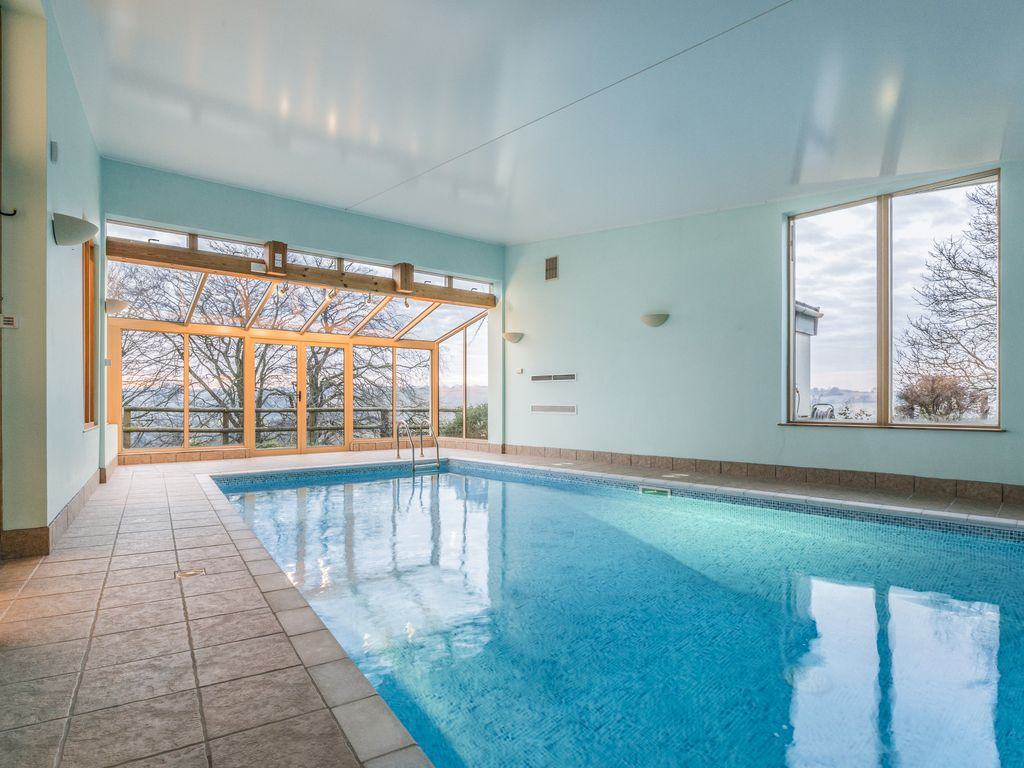 Home indoor pool and hot tub  Contemporary Country House: Fabulous contemporary home with pool ...
