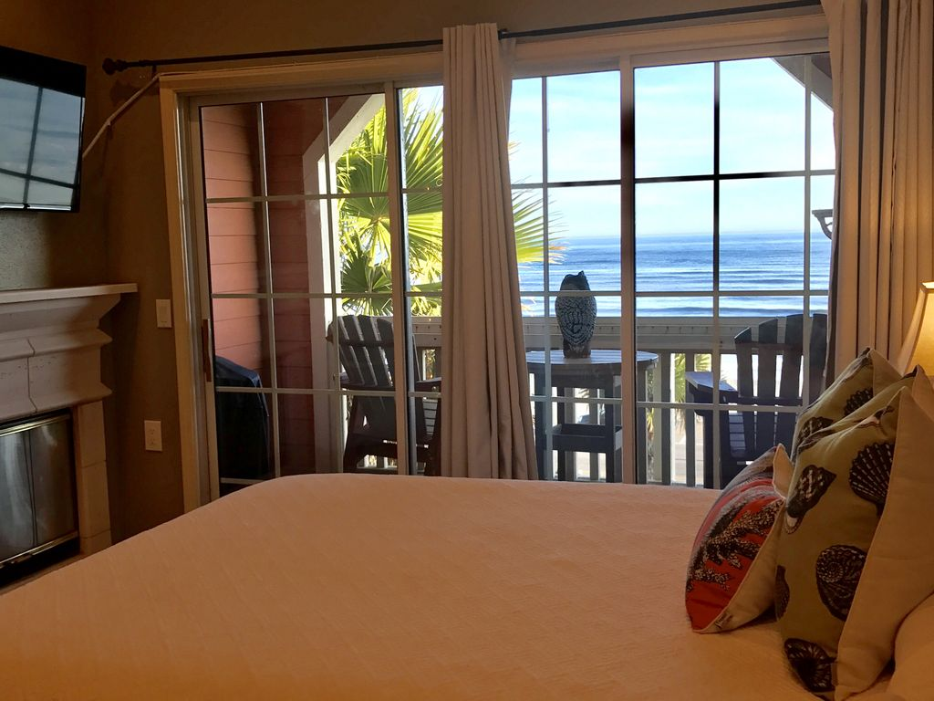 Rare 4 BR on Gulf, new beach, largest unit at The Dawn! 7TH NIGHT ...