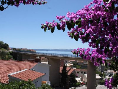 Photo for One bedroom apartment with balcony and sea view Podgora (Makarska)