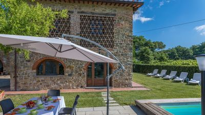 Photo for Independent barn recently restored, lovely private pool and garden with gorgeous view on the vineyar