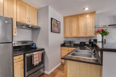 The kitchen is well-equipped and has everything you need to cook a nice meal.