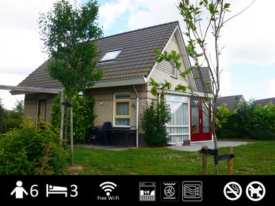 """Photo for Family friendly holiday house 'Den Breeck """"with Wifi, waterfront with fence"""