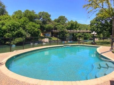 Photo for 2/2 Located right on the Comal River!