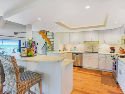 Photo for Luxury 2-Story Oceanfront Condo w/ Views & Pool