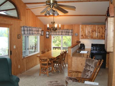 Family And Pet Friendly 3 Bedroom Cabin Northeast of Ely 1 Mile from the Bwca