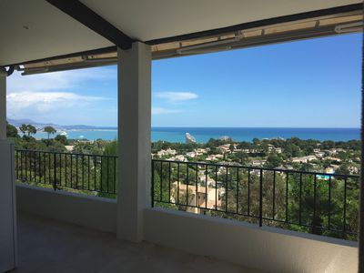 Photo for Panoramic seaview apartment