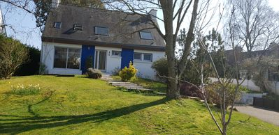 Photo for Great holiday home just steps from the sea