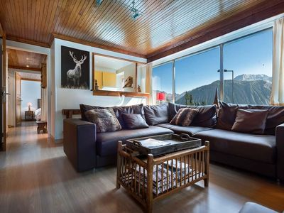 Photo for A family ski-in ski-out apartement in Courchevel