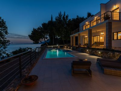 Photo for Villa right on the beach and sea! with four bedrooms and pool, family vacation