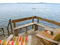 Very cute, well maintained cottage with amazing views!