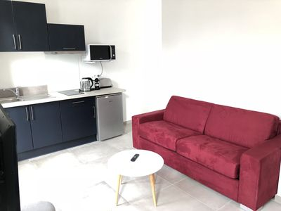 Photo for Superb new and bright studio in the heart of Sanary, everything on foot, air conditioning, wifi