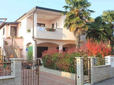 Photo for Two bedroom apartment with terrace and sea view Novigrad