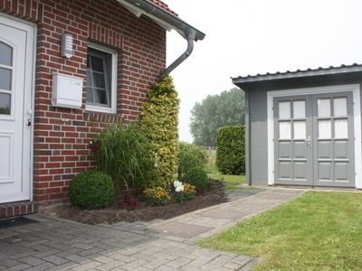 Photo for Holiday home at the North Sea Carolinensiel