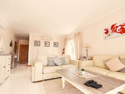 Photo for Spectacular villa for 4 people with sea view in Carvoeiro