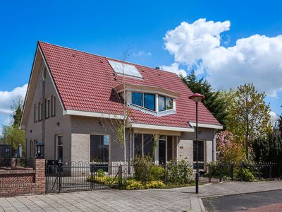 Photo for Luxury King size apartment in Historical Volendam, 20 minutes from Amsterdam