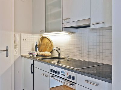 Photo for Cosy apartment for 2 people with WIFI, TV, balcony, pets allowed and parking