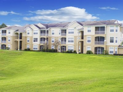 Photo for Gated Community - 15 Minutes to Disney - Communal Pool & Jacuzzi - Vollyball & Tennis Courts