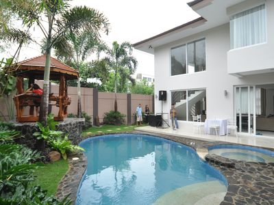 Photo for Relaxing Vacation Home Near BGC Taguig