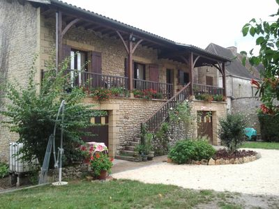 Photo for Country house in Mauzac and Grand Castang