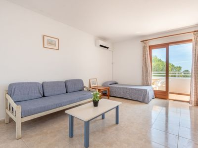 Photo for Air-Conditioned Apartment with Pool, Wi-Fi, Balcony and Close to the Beach