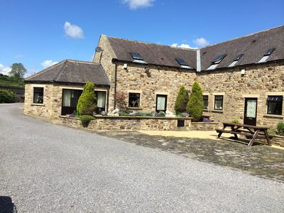 Photo for The Gin Gang. Large barn conversion ideal for families. Sleeps 10.