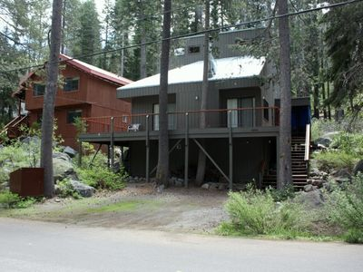Photo for 3bedroom + Loft, 2 bath, sleeps 10 West End of Donner Lake DLR#107
