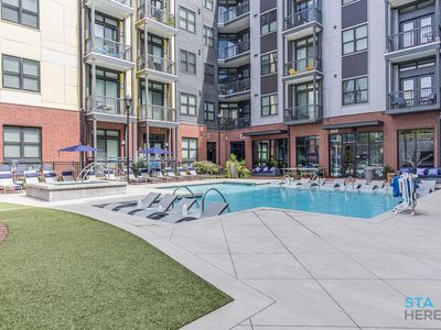 Photo for Luxury Class A Amenities! 5 minutes from Broadway!