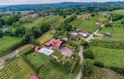 Photo for 6 bedroom accommodation in Ludbreg