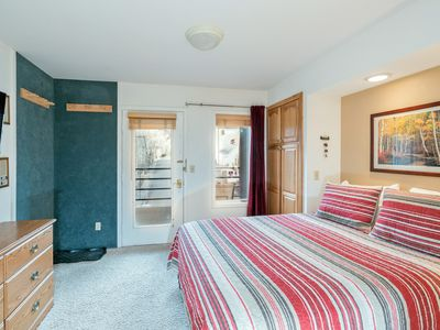 Photo for Viking Lodge 315-Downtown Telluride+Pool+Hot Tub+Parking+Wifi. Walk Everywhere!