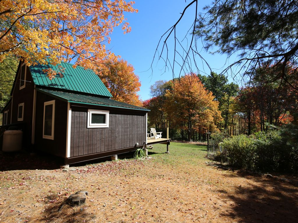 chez rentals new vacation mountains chateau secluded cottages adirondack cabins cabin adventure type york search ny adirondacks cove curtigay holiday gai i