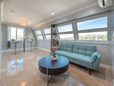 Photo for Morden and brand new  Diamond Head View 2bed