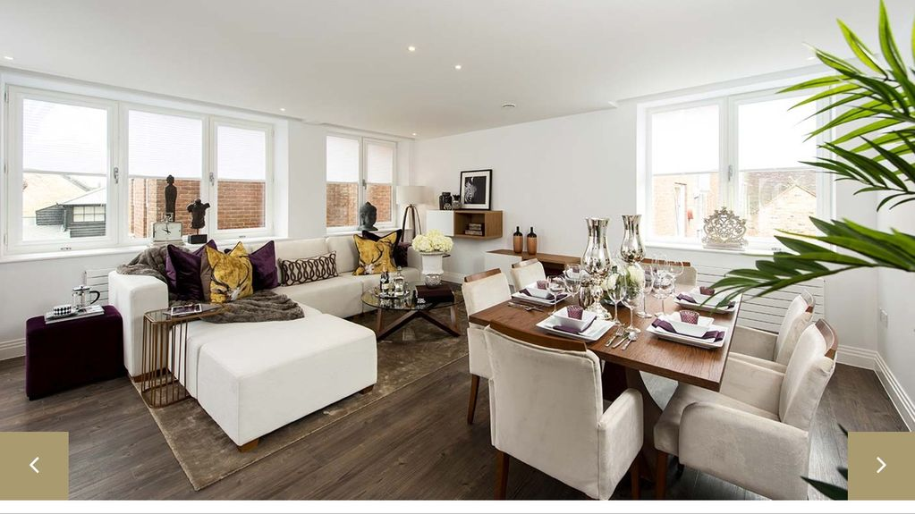 Two Bedroom Luxury Apartment By Windsor Castle With Car Park E City Centre