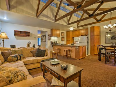 Photo for Cozy Condo 5 Minutes to Mammoth Mountain Ski Lift!
