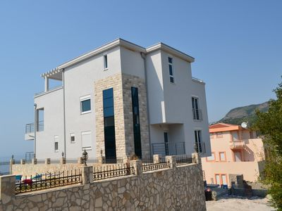 Photo for Dream villa with pool, a few steps from the sea, peace and privacy