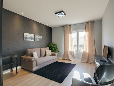Photo for Sophisticated 2bed2bath w/Balcony in Eixample