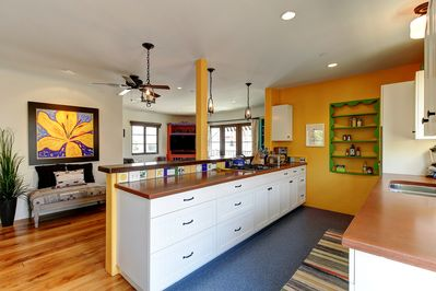 Fully equipped bright and comfy kitchen