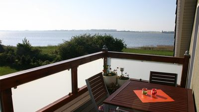 Photo for Fantastic located apartment with direct Boddenblick