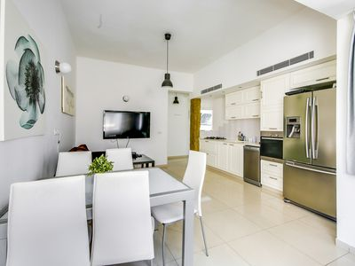 Photo for 2 Bedrooms (Modern) Apartment - 231 Dizengoff Street.