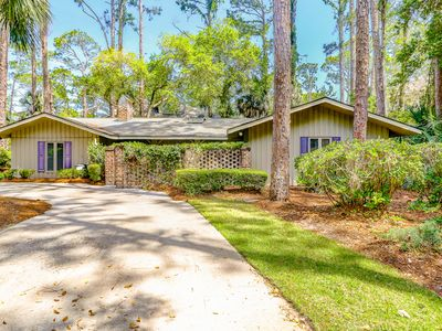 Photo for Classic ranch-style with a private pool/spa, near the beach!