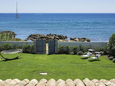 Photo for Detached luxury villa with private access to the sea, garden e terrace