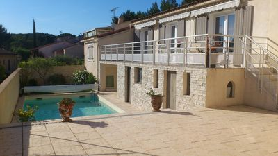 Photo for Villa 8 people with swimming pool near Avignon - ideal family
