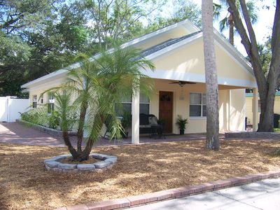 Captivating Downtown Safety Harbor Villa - Extended Stay, Corp Housing, Relo's