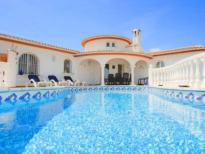 Photo for Beautiful private villa with private pool, A/C, WIFI, TV, washing machine, pets allowed and park...