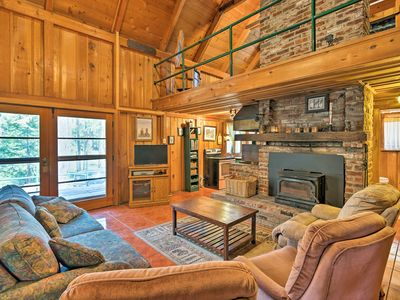 Photo for Cozy Choice Wood Cabin- 5 Minutes from Shaver Lake